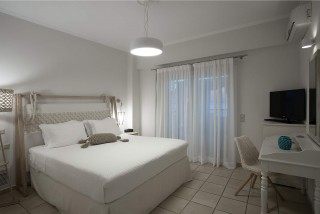 honeymoon-suite-corfu-05